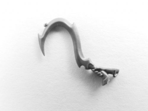 Khinerai barbed sickle (b)